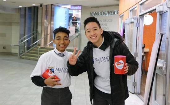 SAlexander Academy students volunteering